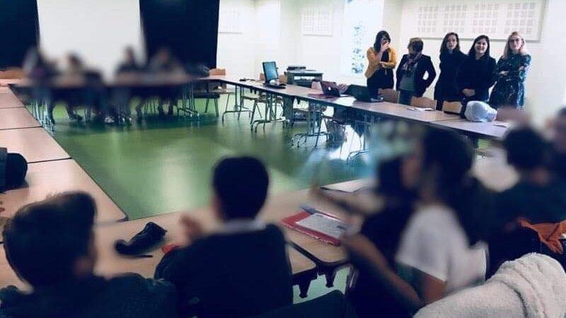 Intervention des étudiantes du Master 2 Droit des Affaires dans un collège.